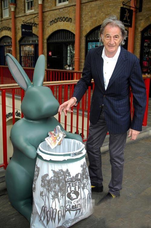 伦敦环保兔创意垃圾桶